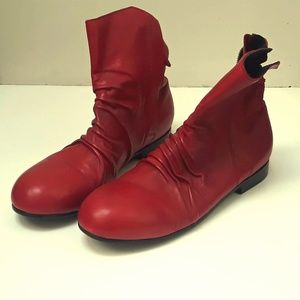 RARE ALEXANDRE PLOKHOV  RED ANKLE BOOTS SIZE 10